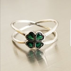 925 Sterling Siver Irish Clover Dainty Ring